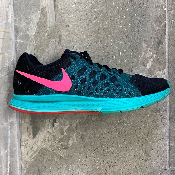 Nike Pegasus 31 Running Shoes Women's Size 10